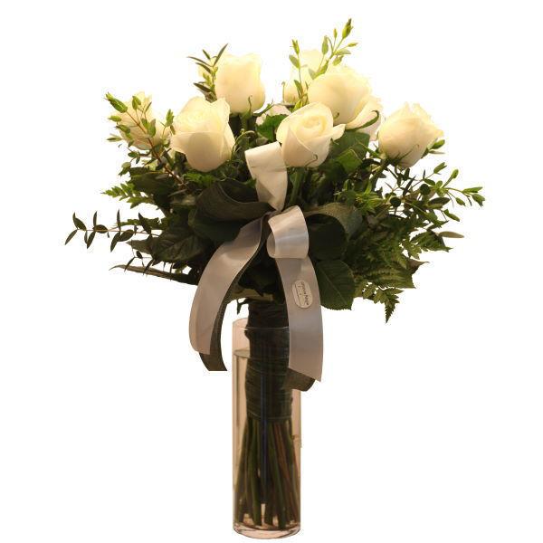 Picture of bouquet de rosas brancas